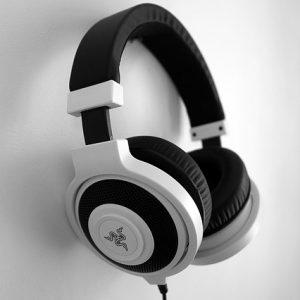 headset-1377194_640