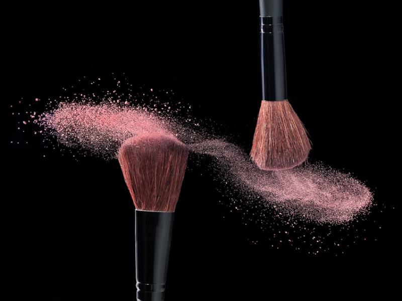 makeupchick4BE69C6B8-B176-15DE-E68D-CDE9E314A262.jpg