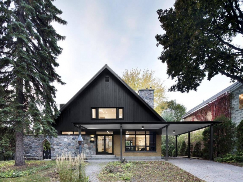 stylish-country-house-near-montreal-facade90a80f11-2692-d169-8112-fe514b9752daD5D52CF1-8829-DE60-6E2C-302406D4D478.jpg