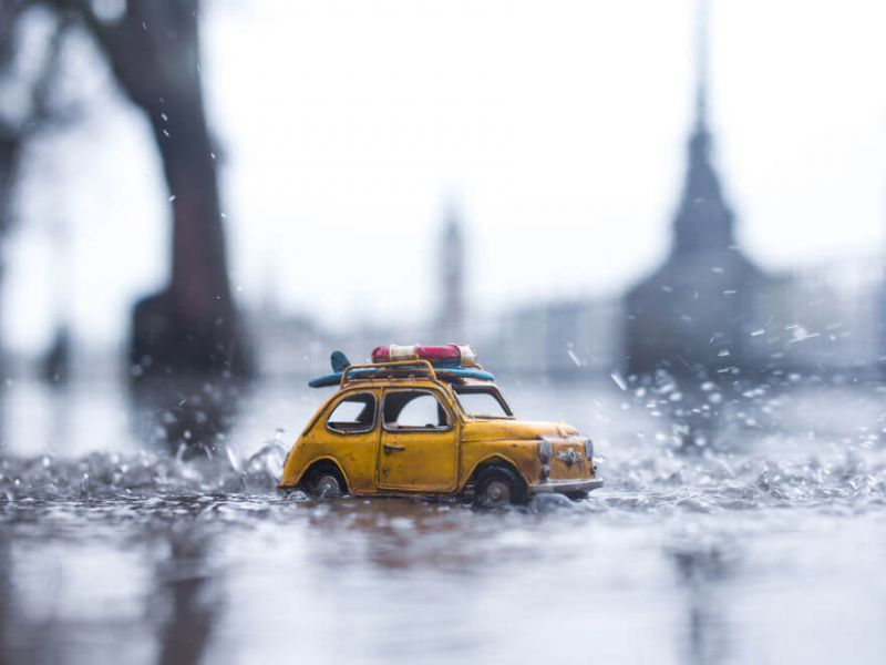 amazing-miniature-car-photography-by-kim-leuenberger3D0ED898-8EAC-D7B4-1655-9DC489ABB84E.jpg